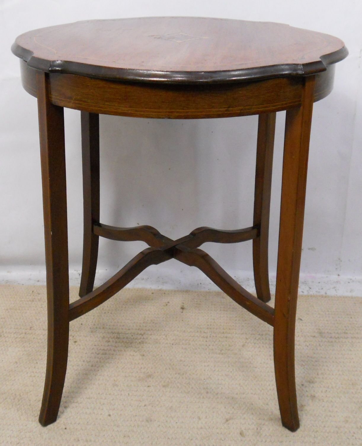 Occasional Tables: Edwardian Inlaid Mahogany Round Occasional Table